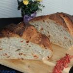 Chleb pszenny z owocami g...