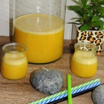 Lemoniada z mango i pomar...