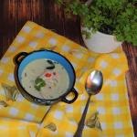 Tajska zupa kokosowa z...