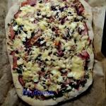 Pizza z botwiną, fetą...
