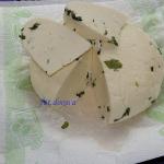 Bazyliowy ser typu koryci...