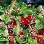 Kolorowa salatka z ziarna...