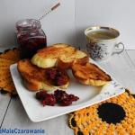 Śniadaniowe tosty z chal...