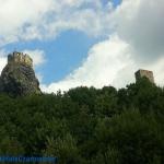 Zamek Trosky w Czeskim Ra...