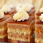 Kawowe ciasto z bitą...