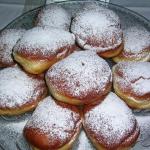 PĄCZKI z cukrem pudrem