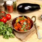 Weganskie curry z baklaza...