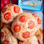 Bulki z pomidorkami kokta...