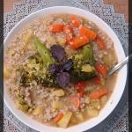 Zupa brokułowa z kaszą...