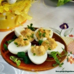 Faszerowane jajka -...