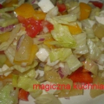 Salatka z mozzarella i an...