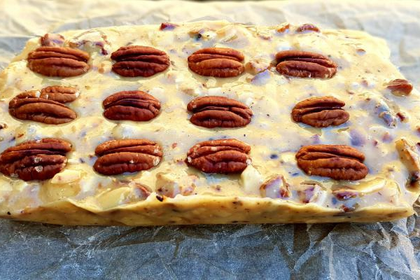 Halva with pecans, macadamia and almonds