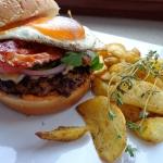 Domowy burger na wypasie...