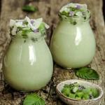 Jogurt (kokosowy) z match...