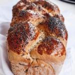 Chlebowa chalka z makiem ...