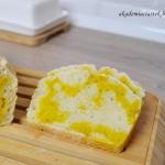 Dwukolorowy chleb na...