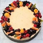 Tort budyniowy z owocami