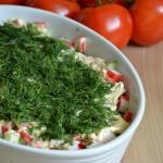 Salatka z surimi i makaro...