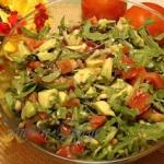 Salatka z Awokado i Rukol...