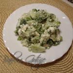 Salatka Brokulowa z Ogork...
