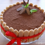 Tort czekoladowo - chalwo...