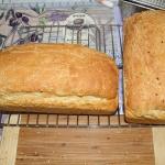 Pyszny domowy chleb na...