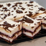 Wezuwiusz - ciasto bez...