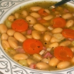 Zupa Fasolowa z Boczkiem