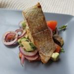 Filet rybny z salsą...