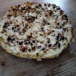 Pizza na ziemniaczanym...