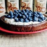 Opadajace ciasto z bialej...