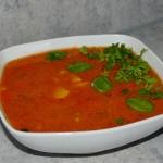 Zupa pomidorowa z kaszą...