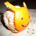 Ślimak z mandarynki.