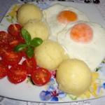 Jajka sadzone,...