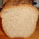 Chleb pszenny na żytnim...