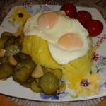 Jajka sadzone z...