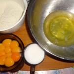 Tort o smaku tiramisu