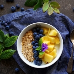 Letnie owocowe śniadanie