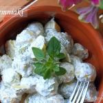 Młode ziemniaki w sosie...