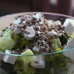 Sałatka z brokułem z 3...