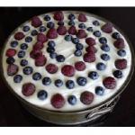 Fioletowy tort z masą...