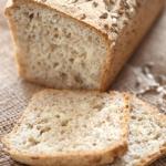 Chleb z ziarnami –...