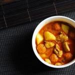 Dyniowe czerwone curry z...