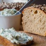 Chleb żytni jasny na...