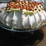 Tort bezowy Ajerkoniak...