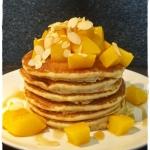 Pancakes z brzoskwiniami...