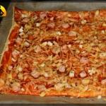 Pizza z ciasta...