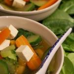 Wegańska zupa tajska