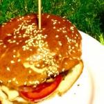 Domowy cheeseburger z...