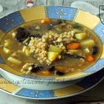 Zupa grzybowa z peczakiem...